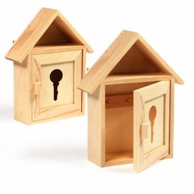Fa kulcsos szekrény - kulcs kivágással, 17x6x21 cm
